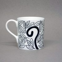 art_gallery_alnmouth_mug_ceramics_kitchenware_homeware_illustration_lisajonesstudio_design_northumberland